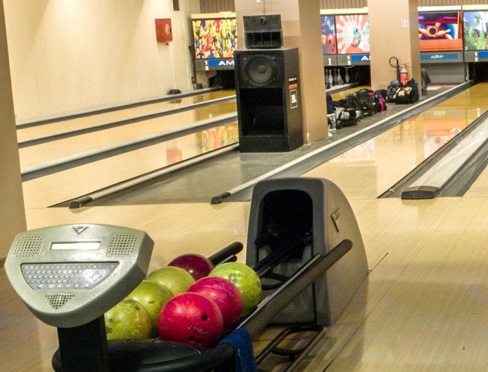 bowling13a